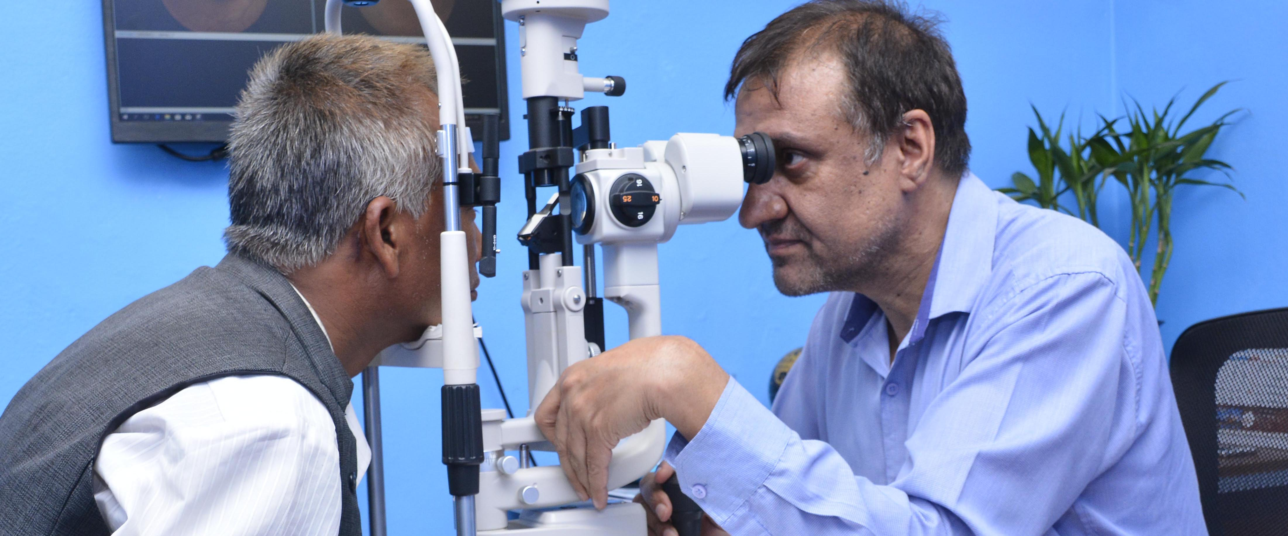 Retina Specialist Service at Metro Eye Care